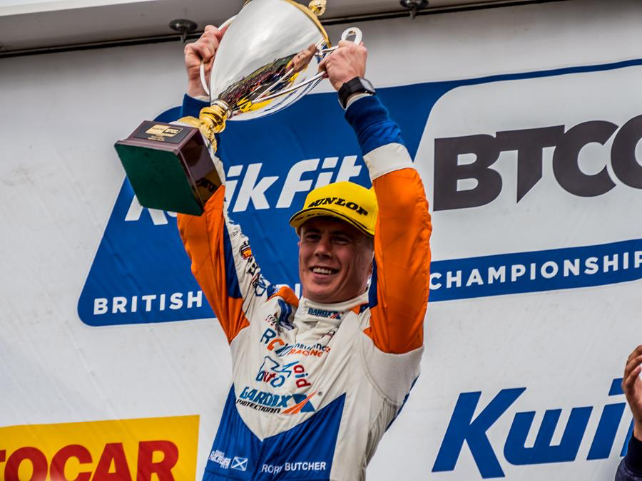 Butcher knocks it out of the park at Knockhill
